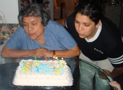 cake2mnim.jpg